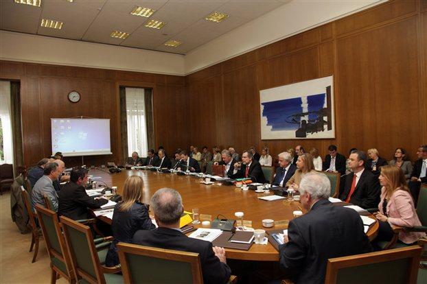 Κρίσιμο Υπουργικό για αποκρατικοποιήσεις και δημόσιες δαπάνες