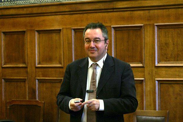 Ηλίας Μόσιαλος: Δεν αναμένονται νέα μέτρα