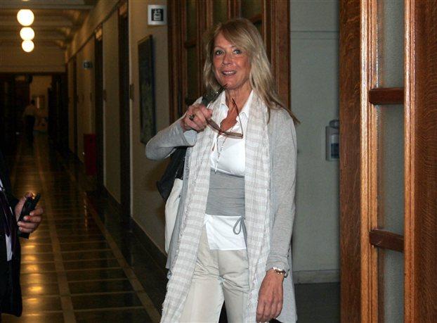 Αννα Νταλάρα: «Ναι» στα διαρθρωτικά, «όχι» στο πογκρόμ