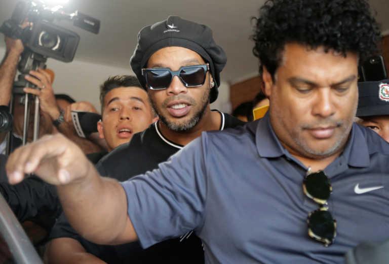 Ποια φυλακή; Πάρτι με μοντέλα έκανε ο Ροναλντίνιο στην Παραγουάη